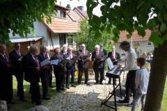 """Der Männergesangverein AdeLöWe hatte ebenfalls verschiedene Lieder aus dem Buch  """"Jagd- und Waldlieder"""" einstudiert"""